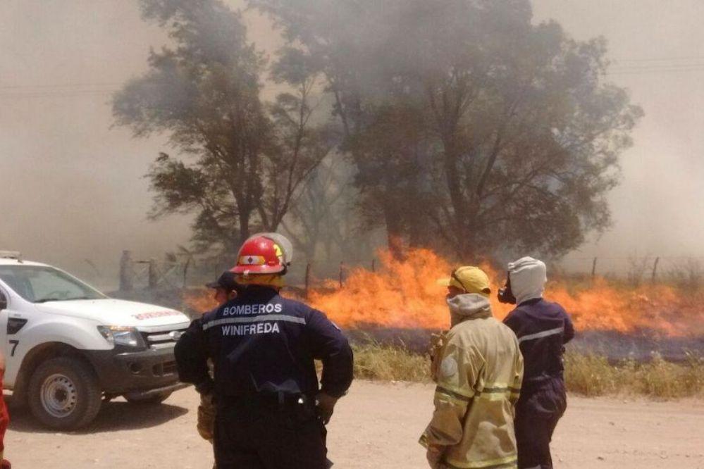 LA PAMPA EN LLAMAS: Nueve incendios activos