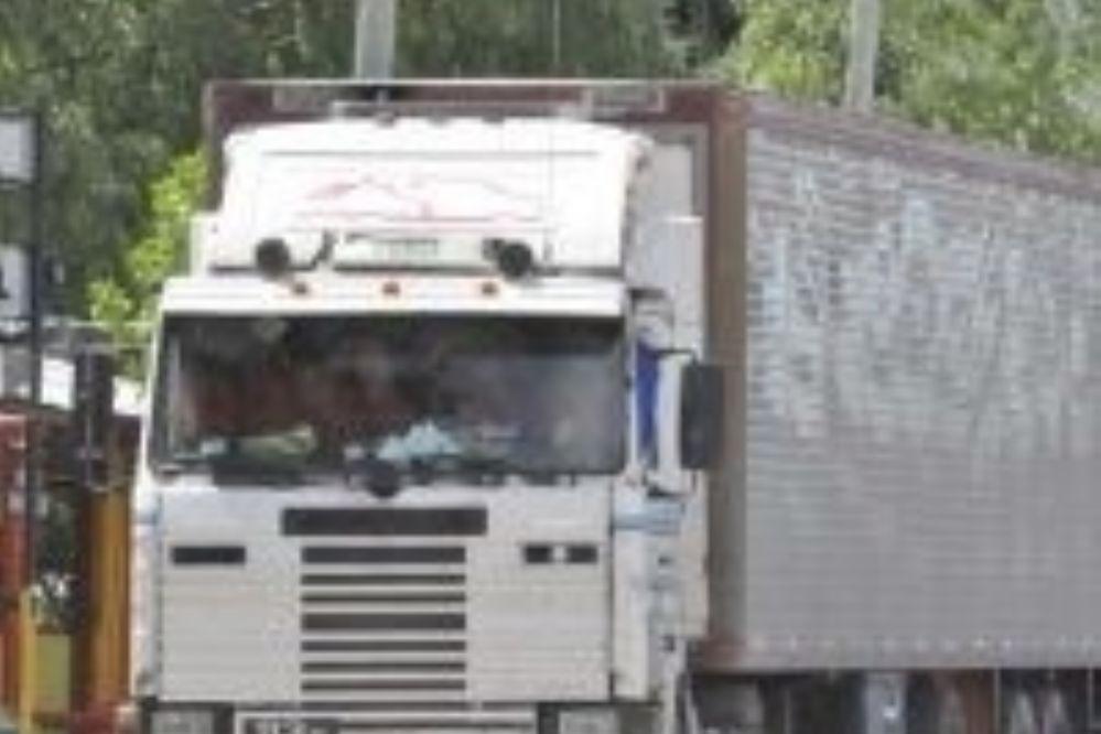La Pampa: Detuvieron camión que llevaban una caja con $4 millones