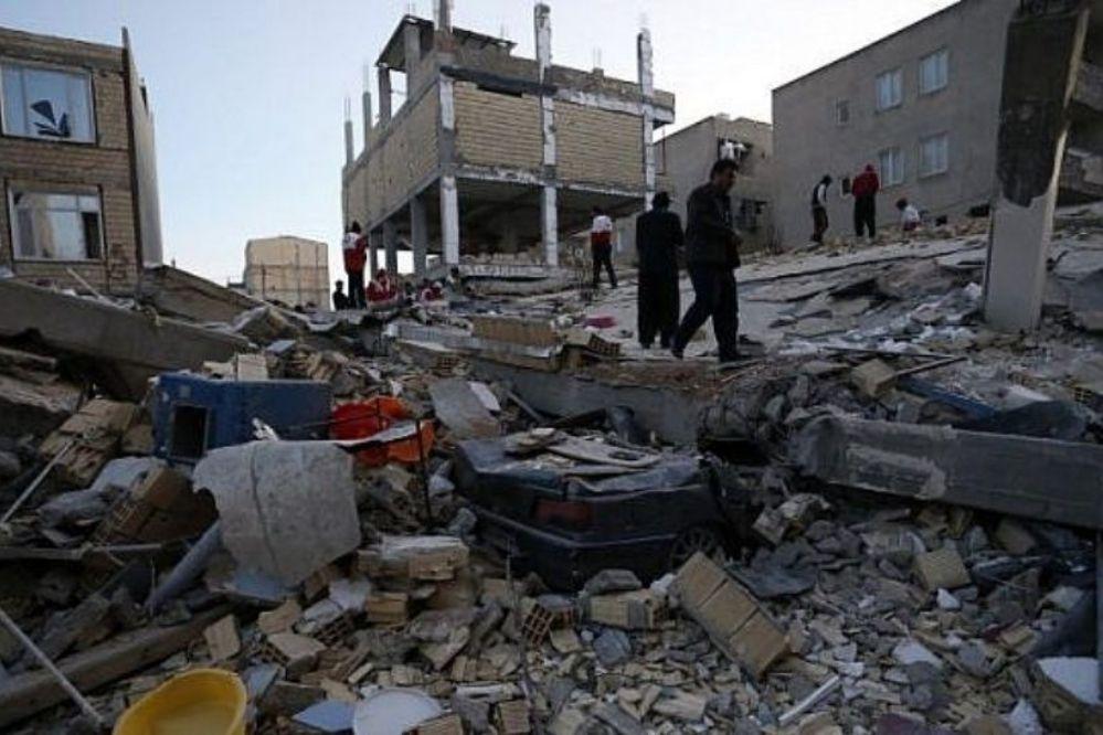 Más de 400 muertos y 7000 heridos por terremoto en Irán