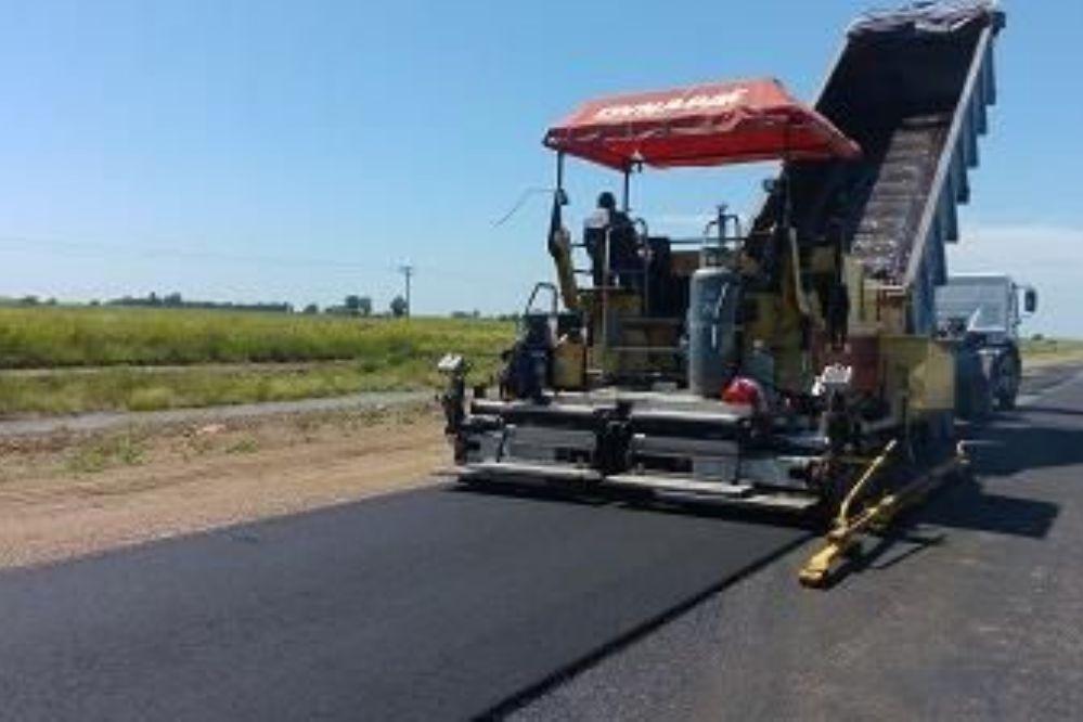 RUTA 101: Continúan los trabajos entre las localidades de Falucho y Ojeda.