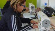 GENERAL PICO: Continúan dictando curso de introducción a máquinas de coser industriales en IdEdI
