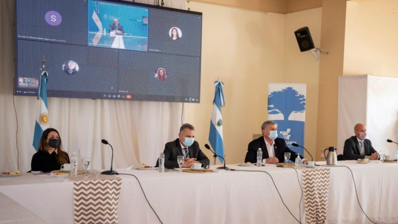 Ziliotto y Kulfas firmaron convenio por 235 millones de pesos para empresas